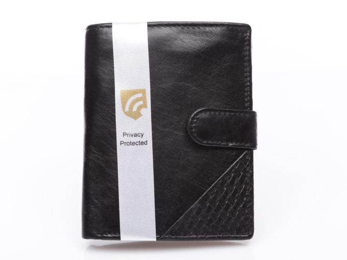 Czarny pionowy portfel zapinany na pasek z zatrzaskiem