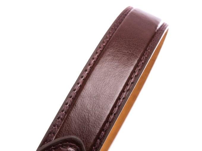 Modny brązowy pasek męski skórzany z klasyczną klamrą