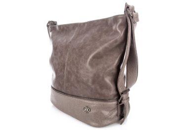 Gorna częśc torby wykonana jest z błyszczącej skóry ekologicznej