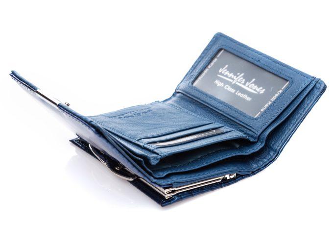 Niebieskie wnętrze z przegrodą na banknoty