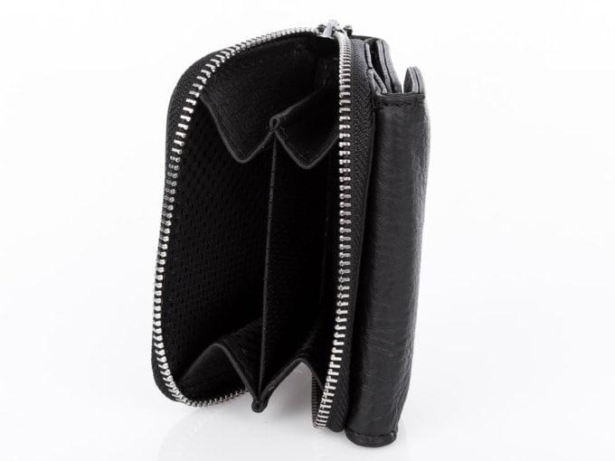 Mały czarny portfel męski Wild's zapinany na zamek ze skóry