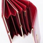 Kieszonki w środku portfela