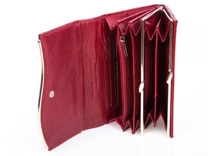 Kieszonki wewnątrz portfela