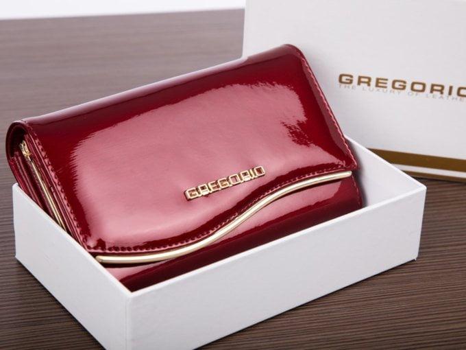 Portfel w ładnym pudełku na prezent