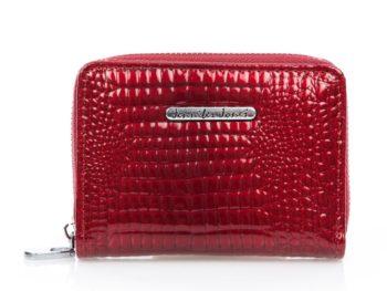 Mały, czerwony portfel lakierowany Jennifer Jones