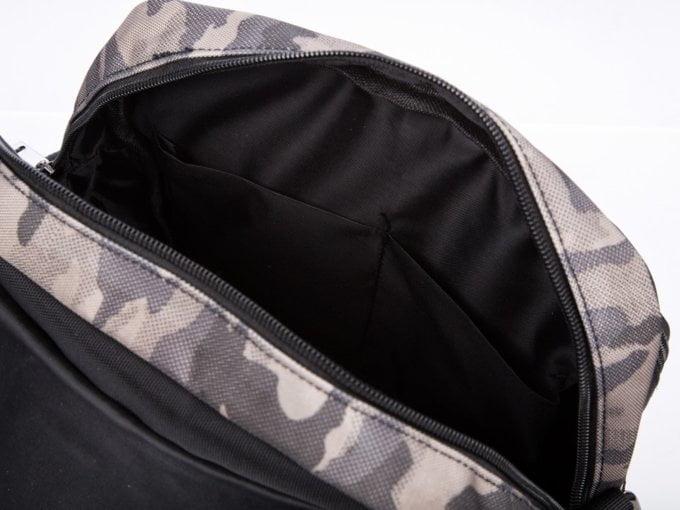 Wnętrze torby