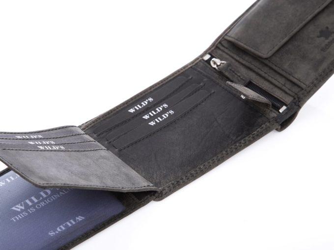 Kieszonki na karty wewnątrz portfela