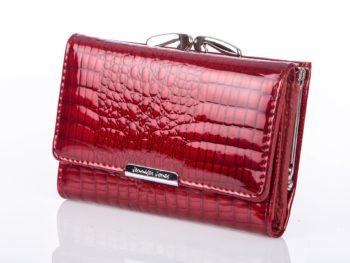 Lakierowany czerwony skórzany portfel damski na bigiel