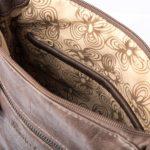 Wzory wewnątrz torby