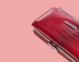 Czerowne portfele damskie