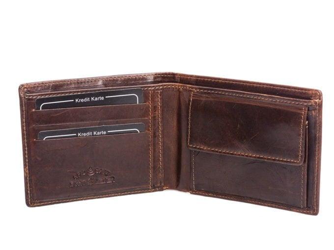 Brązowe wnętrze portfela