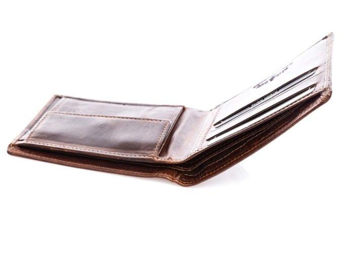 Dwie kieszenie na banknoty
