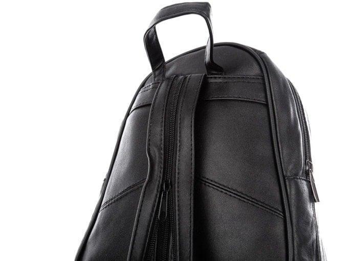 Uchwyt do trzymania plecaka w dłoni