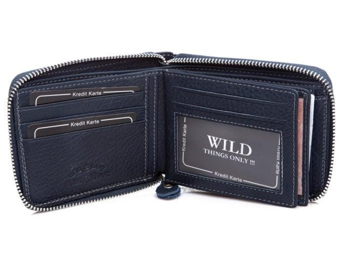 Pojemne wnętrze portfela
