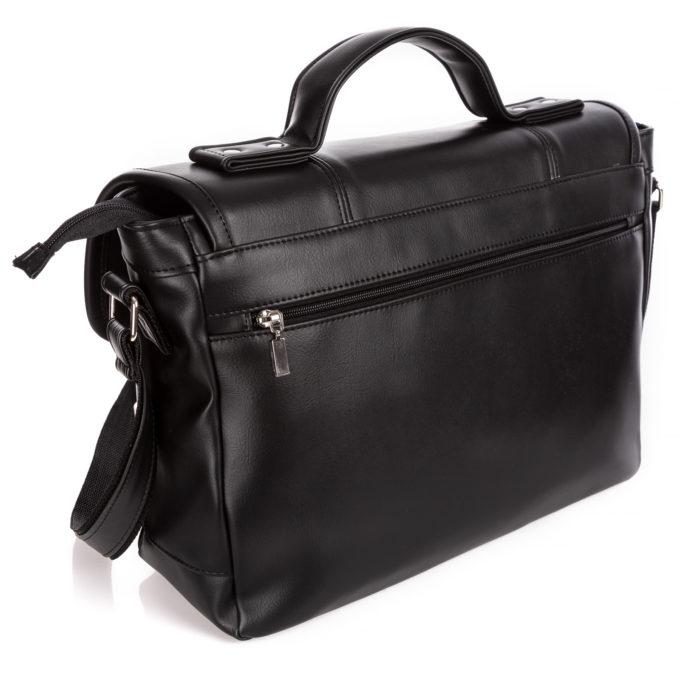Dodatkowa, duża, pozioma kieszeń zapinana na zamek z tyłu torby