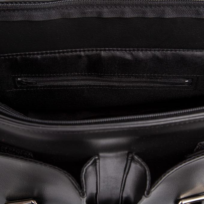 kieszeń zapinana na suwak w środku torby