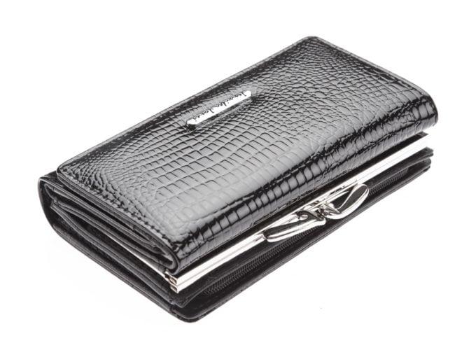 Czarne skórzane portfele damskie