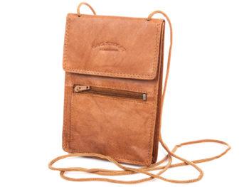 Paszportówka na szyję skórzana jasno brązowa Bag Street