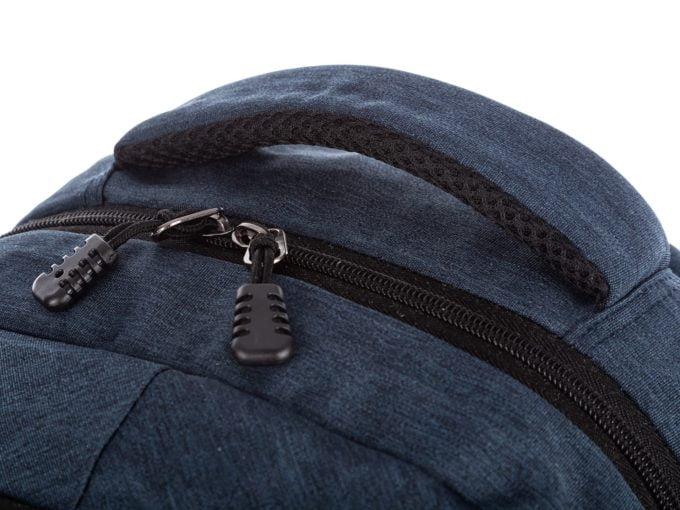 Granatowe i niebieskie plecaki męskie