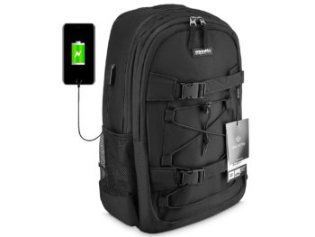 czarny plecak z portem USB